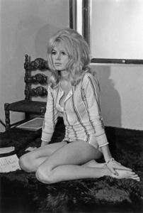 """""""Contempt""""Brigitte Bardot1963 Embassy** I.V. - Image 13683_0008"""