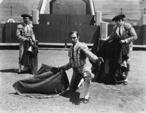"""""""Blood and Sand""""Rudolph Valentino1922 Paramount Pictures** I.V. - Image 13915_0010"""