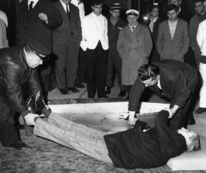 """Charles """"Lucky"""" Luciano lying dead on street after heart attack in Naples, Italy1962 - Image 13924_0001"""