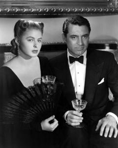 """Notorious"" Ingrid Bergman, Cary Grant 1946 RKO ** I.V. - Image 1398_0077"