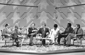 """Merv Griffin Show, The"" Dom Delouise, Angie Dickinson, Milton Berle, Merv Griffin, Dionne Warwick and her husband, Steve Lawrence c. 1969 © 1978 Chester Maydole - Image 14113_0004"