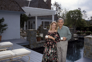 Tom Bosley and his wife Patricia Carr at home1992 © 1992 Gene Trindl - Image 14149_0003