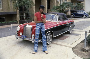 Lawrence Hilton-Jacobs and his 1964 Mercedes 2201978© 1978 Gene Trindl - Image 14207_0002