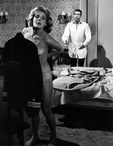 """The Americanization of Emily""James Coburn, Janine Gray1964 MGM - Image 14225_0004"