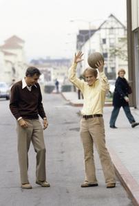 Garry Marshall and Ron Howard1979© 1979 Gene Trindl - Image 14276_0008