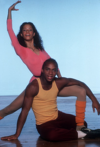 """Fame""Erica Gimpel &Gene Anthony Ray1984**H.L. - Image 14348_0021"