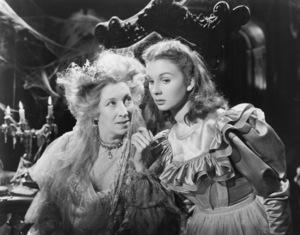 """Great Expectations"" Jean Simmons, Martita Hunt 1947 Universal International **I.V. - Image 1439_0005"