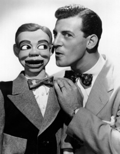 Paul Winchell the ventriloquistwith Jerry Mahoney, 6/4/54. © 1978 Maurice Seymour - Image 14495_0001