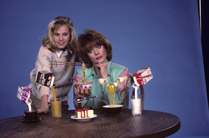 """""""Out of This World""""Donna Pescow, Maureen Flannigan1987© 1987 Gene Trindl - Image 14543_0016"""