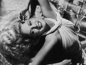 """Janis Carter in """"A Thousand and One Nights"""" 1945 © 1978 Ned Scott Archive - Image 14671_0002"""