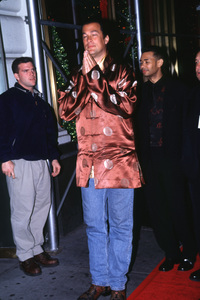 """VH1 Vogue Fashion Awards,""Steven Seagal © 1999 Ariel Ramerez - Image 15056_0001"