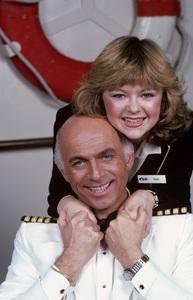 """The Love Boat""Jill Whelan, Gavin MacLeod1982 © 1982 Gene Trindl - Image 1524_0204"