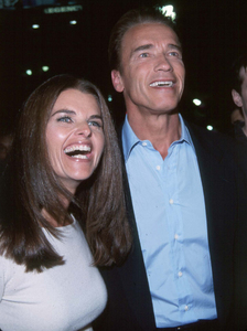 """""""Story Of Us"""" Premiere,Arnold Schwarzenegger and wifeMaria Shriver. © 1999 Weiner - Image 16047_0106"""