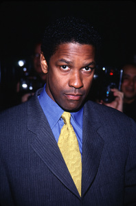 """Bone collector, The"" PremiereDenzel Washington © 1999 Ariel Ramerez - Image 16049_0008"
