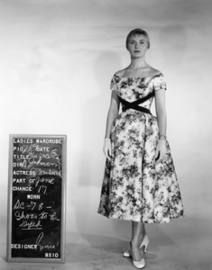 """The Three Faces of Eve""Joanne Woodward1957** I.V. - Image 16068_0010"
