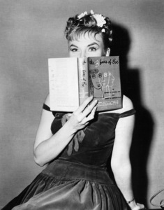 """The Three Faces of Eve""Joanne Woodward1957** I.V. - Image 16068_0012"