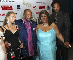 """An Evening of Stars: Tribute to Aretha Franklin""Quincy Jones, Aretha Franklin2007 / Kodak Theater / Los Angeles, CA © 2007 Michael Jones - Image 16105_0012"