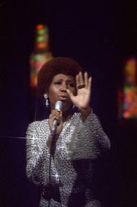 Aretha Franklincirca 1972** H.L. - Image 16105_0027