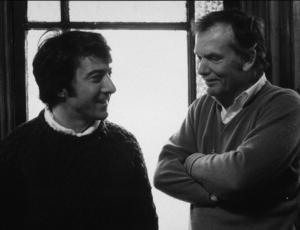 """Straw Dogs,""Dustin Hoffman with DirectorSam Peckinpam. 1971 / Cinerama © 1978 John Jay - Image 16283_0007"
