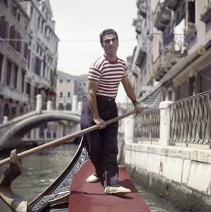 Gondolier in Venice, Italycirca 1950s© 1978 Paul Hesse - Image 16294_0001