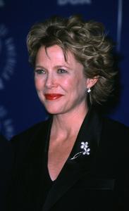 """Directors Guild Awards - 52nd Annual,""Annette Bening.  3/11/00. © 2000 Glenn Weiner - Image 16345_0007"