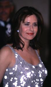 """""""Directors Guild Awards - 52nd Annual,""""Lorraine Bracco.  3/11/00. © 2000 Glenn Weiner - Image 16345_0008"""