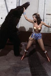 """Wonder Woman"" (""Wonder Woman vs. Gargantua"")Lynda Carter1976** H.L. - Image 1640_0061"
