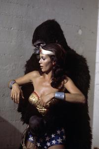 """Wonder Woman"" (""Wonder Woman vs. Gargantua"")Lynda Carter1976** H.L. - Image 1640_0066"