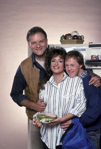 """Life Goes On""Bill Smitrovich, Patti LuPone, Chris Burke1989 © 1989 Mario Casilli - Image 16502_0014"