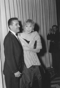 """""""Academy Awards - 31st Annual""""Shirley MacLaine1959 **I.V. - Image 16528_0032"""