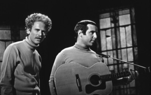 Paul Simon & Art Garfunkel performing in Los Angeles 1967 Photo by Ernest Reshovsky © 1978 Marc Reshovsky - Image 16532_0002