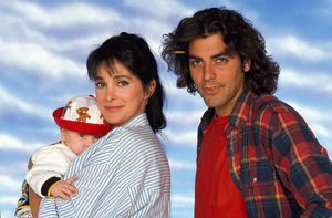 """Baby Talk""Connie Selleca, George Clooney1991 © 1991 Mario Casilli - Image 16550_0007"