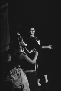 Marcel Marceau in Paris, 1952. Photo: Ernest Reshovsky © 1978 Marc Reshovsky - Image 16558_0006