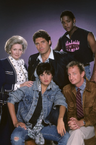"""Downtown""Millicent Martin, Michael Nouri, Blair Underwood, Mariska Hargitay, Robert Englund1986 © 1986 Mario Casilli - Image 16664_0002"