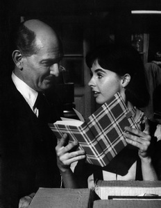 """The Diary of Anne Frank""Joseph Schildkraut, Millie Perkins1959 20th Century FoxPhoto by Ernest E. Reshovsky © 2000 Marc Reshovsky - Image 16668_0003"