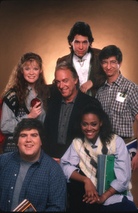 """Head Of The Class""Khrystyne Haje,Daniel Schneider,Howard Hesseman,Robin Givens,Dan Frischman,Brian Robbins1988 ABC © 1988 Mario Casilli - Image 16675_0004"