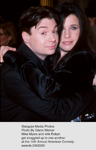 """""""Comedy Awards: 14th Annual,""""Mike Myers & wife Robyn.  2/06/00. © 2000 Glenn Weiner - Image 16678_0113"""