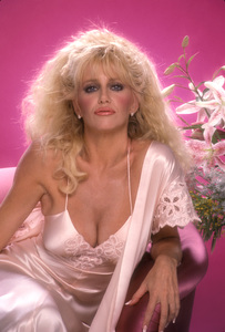 """""""Hollywood Wives""""Suzanne Somers1985 © 1985 Mario Casilli - Image 16716_0015"""