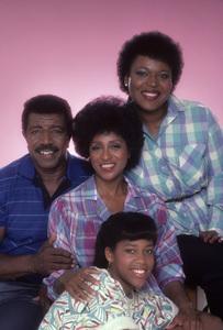 """227""Regina King, Hal Williams, Marla Gibbs, Alaina Reed-Hall1985© 1985 Mario Casilli - Image 16741_0003"
