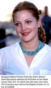 "Drew Barrymore at ""Titan A.E."" PremiereJune 13, 2000Photo by Glenn Weiner/MPTV - Image 16905_0102"