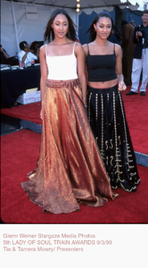 """Lady Of Soul Train Awards - 5th Annual,""Tia & Tamera Mowry.  9/3/99. © 1999 Glenn Weiner  - Image 16977_0100"