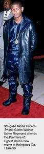 """Light It Up"" Premiere,Usher Raymond.  11/04/99. © 1999 Glenn Weiner - Image 16978_0102"