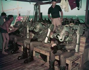 """20000 Leagues Under the Sea""1954 Walt Disney Productions** I.V. - Image 1701_0013"