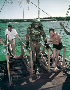 """20000 Leagues Under the Sea""1954 Walt Disney Productions** I.V. - Image 1701_0014"