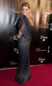 """Jessica Simpson at """"The 35th Annual Gracie Awards"""" held at the Beverly Hilton in Beverly Hills2010© 2010 Michael Jones - Image 17018_0003"""