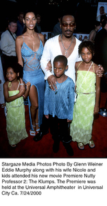 """""""The Nutty Professor 2: The Klumps"""" Premiere,Eddie Murphy with wife Nicole and kids.  7/24/00. © 2000 Glenn Weiner - Image 17045_0105"""