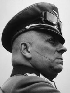 Eric Von StroheimFilm SetNorth Star (1943)Photo by Margret Bourke White0036217**I.V. - Image 17102_0001