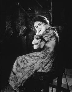Lillian GishFilm SetWind, The (1928)0019585**I.V. - Image 17121_0001