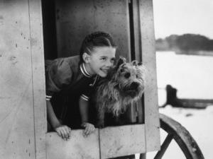 Natalie WoodFilm SetGhost & Mrs. Muir, The (1947)0039420**I.V. - Image 17123_0001