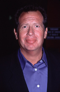 """""""What Planet Are You From"""" Premiere,Garry Shandling. © 2000 Ariel Ramerez - Image 17130_0006"""